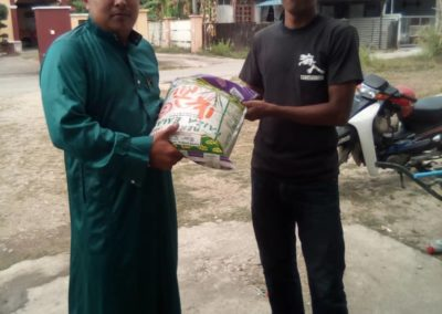 RICE 2019 - Distribution at Masjid Istana Kubang Kerian (11)