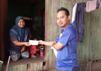 Zakat Distribution - Aid for Child School Expenses (3)