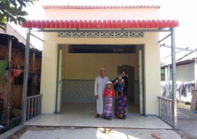 sumbangan 2 buah rumah di vietnam (21)